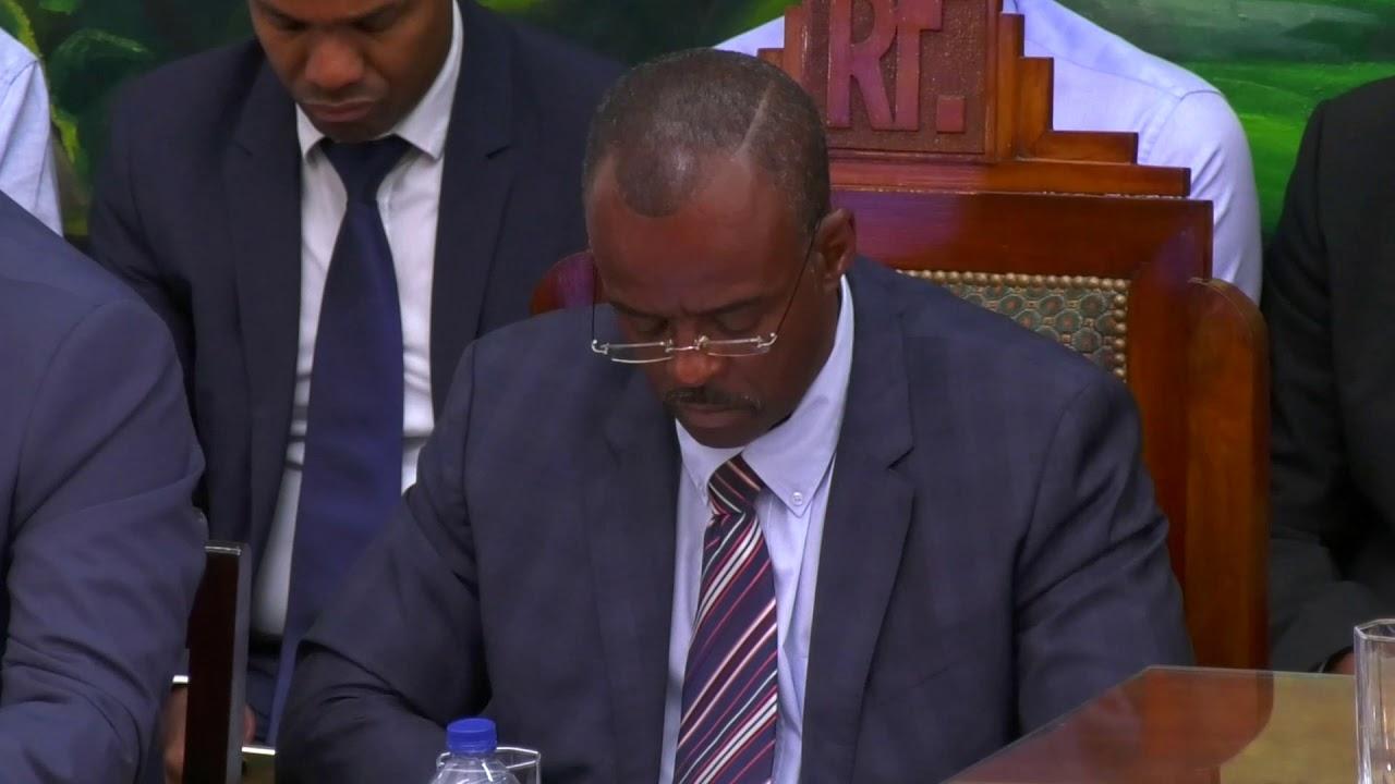 Deux résolutions votées à l'unanimité pour une évolution du statut de l aGuadeloupe