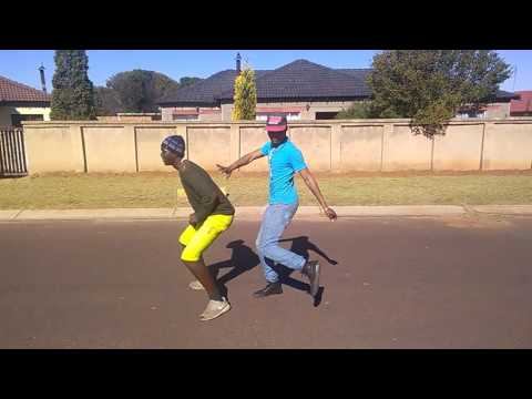 Witbank dancers Fatso ft izintwana jebha(1)