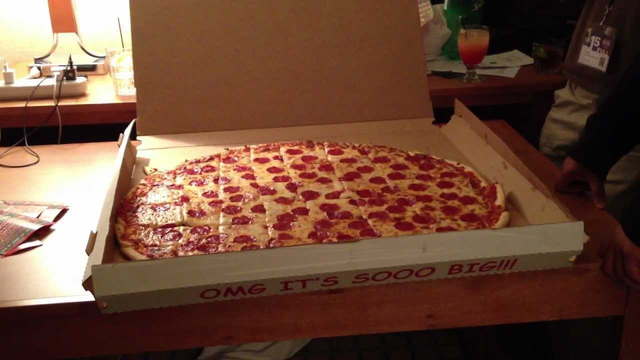 30 Inch Pizza Bacci S Youtube