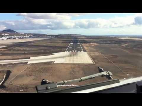 Captain's View Landing at Reina Sofia TENERIFE in FULL HD !