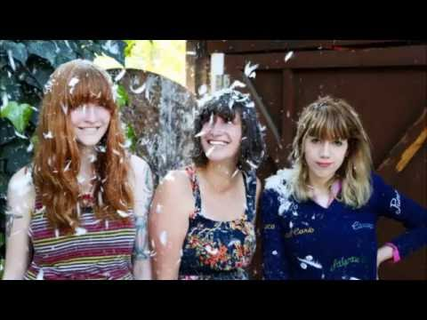Vivian Girls - Out For The Sun mp3