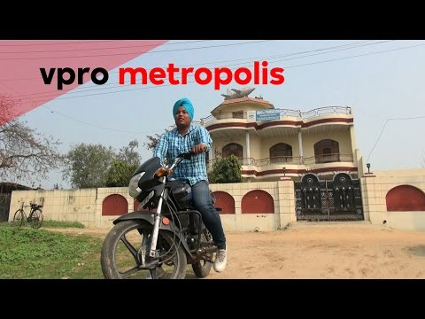 Sacrifice toy planes for a visa in India - vpro Metropolis