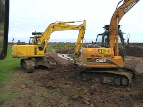 Diggers At Work In The Norfolk Broads Youtube