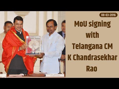 CM Devendra Fadnavis & Telangana CM K Chandrasekhar Rao MoU signing