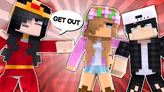 RAMONA KICKS RAVEN OUT! Minecraft Royal Family w/LittleKelly (Custom Roleplay)