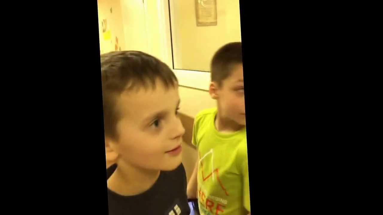 Траханье мальчик с мальчикам фото 601-33