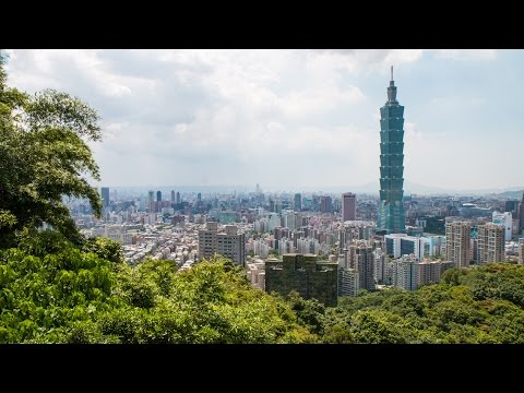 At the TOP of Taipei 101 Observatory - Taiwan Food and Travel Guide (Day 4)