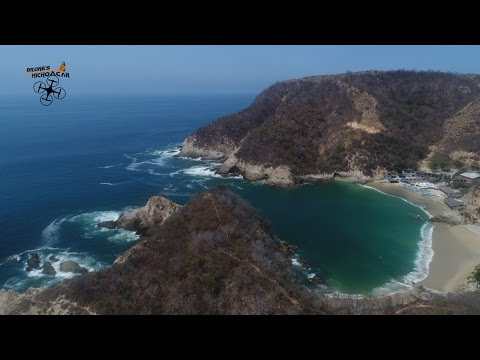 Dronie Pichilinguillo Michoacán México | 4k | DJI | Phantom | Drone  |  Travel