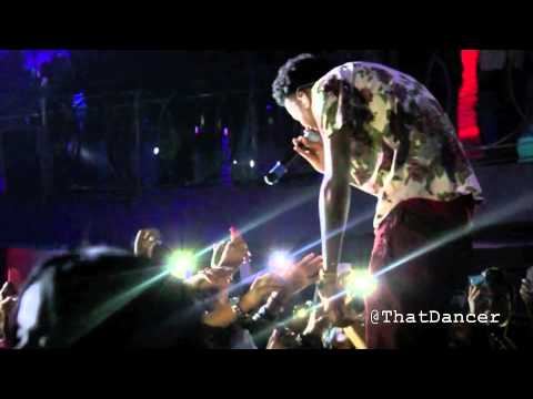 "August Alsina ""Kissin On My Tattoos"" Live in Miami"