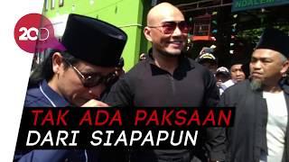 Sah Masuk Islam! Deddy Corbuzier Menangis