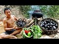 PRIMITIVE TECHNOLOGY ►FIND BIG MUSSEL & CLAM IN RIVER - COOKING MUSSEL & CLAM EATING DELICIOUS