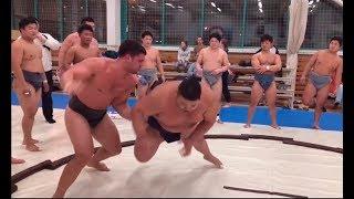 Тренировка со сборной Японии по сумо