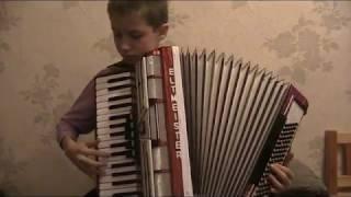 гармонист играет джаз. аккордеон Дербенко.