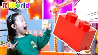 리원이와 직업체험관에 놀러가서 레고 블럭 아파트를 만들어 보아요! ㅣLet's make real building with LEGO play
