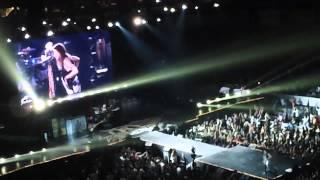 Aerosmith - Walk This Way (Mall of Asia Arena, May 9, 2013)