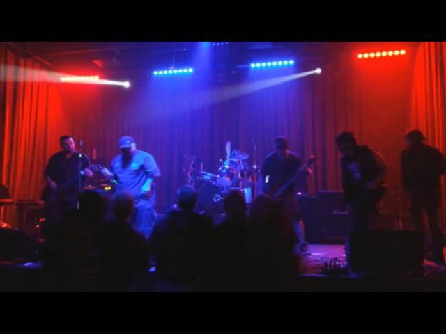 PigWeed performing at Fitzgeralds