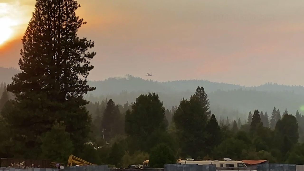 Download Crews fight growing wildfires in Northern California