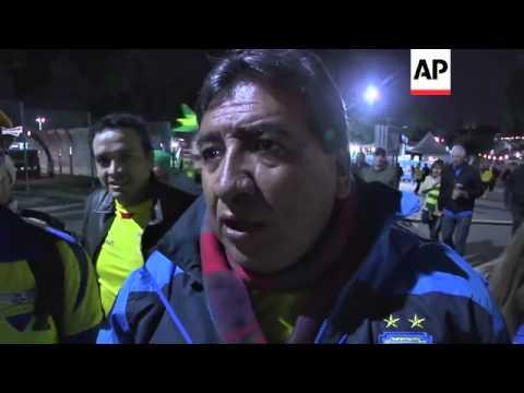 Fans react after Ecuador rallies to beat Honduras 2-1