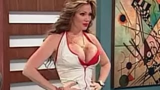 Repeat youtube video A Que Te Ríes - Enfermera Sexy