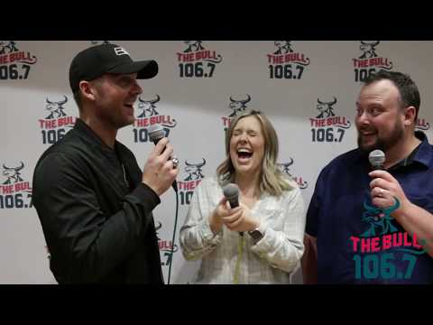 Chelsea Thomas - Brett Young Shares His Best Advice for New Dads!