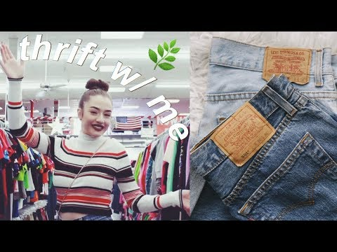 come-thrift-with-me-#3-||-vintage-levi's-mom-jeans!