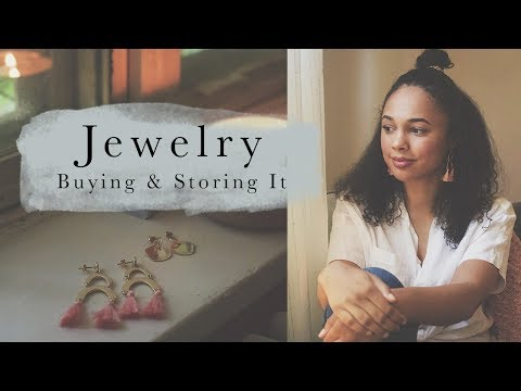 Buying & Storing Jewelry Sustainably - Ana Luisa Giveaway! - 동영상