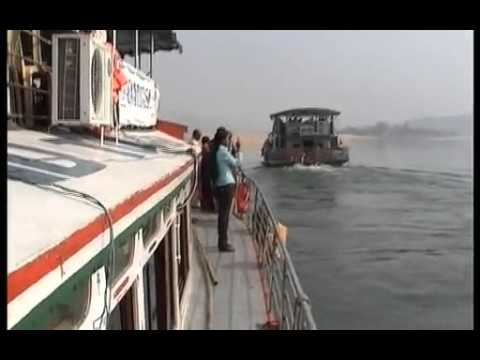 BOAT RIDE ON GODAVARI   RAJAHMUNDRY TO PAPIKONDALU ON8 2009  PART1