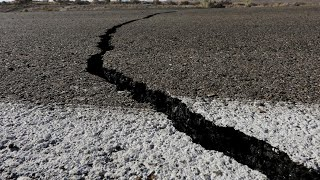 Землетрясение в Казахстане и засуха убивающая урожай