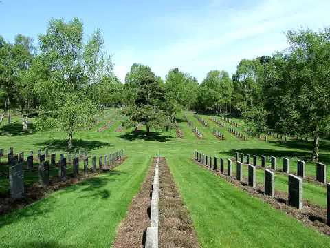De De Lind - Cimitero di Guerra