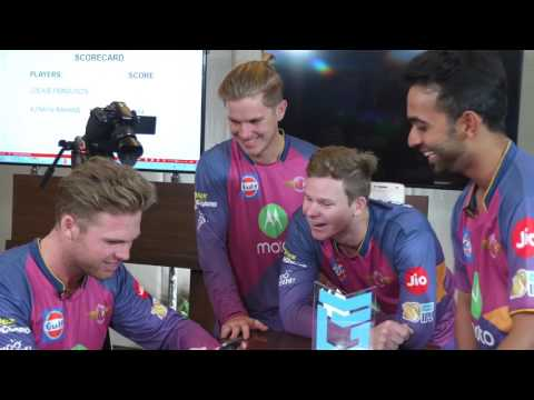 Chicken Scream with Steve Smith, Ajinkya Rahane, Ferguson an
