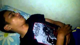 Download Video anak tampan lagi tidur MP3 3GP MP4