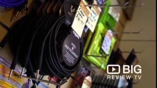 видео Как настроить гитару онлайн тюнером через микрофон