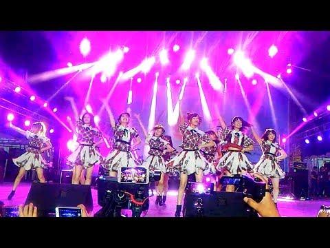 AKB48 - Ponytail to Chou-chou (Live Jak-Japan Matsuri 2018)