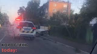 Рано зранку біля 10-ї школи в Коростені сталася ДТП за участі двох автівок
