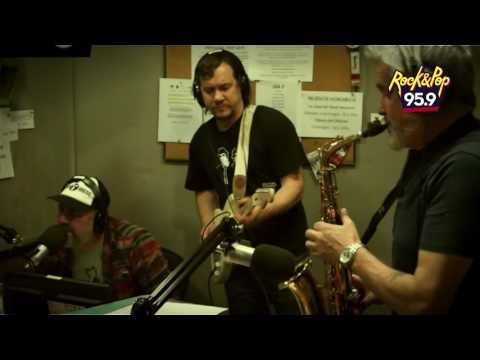 Tom Weso en Radio Rana -  Funky Town