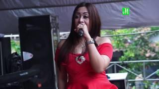 Tak Sengaja Kelihatan Lina A Cinta Berawan Amelia Live Lebuawu 2018 MP3