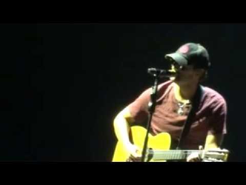 Eric Church - Like Jesus Does (Charlotte November 28, 2012)