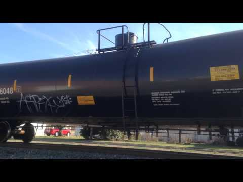 4/10/14 Part 3 - CA-19 crude delivery with GP40-2's and a road slug
