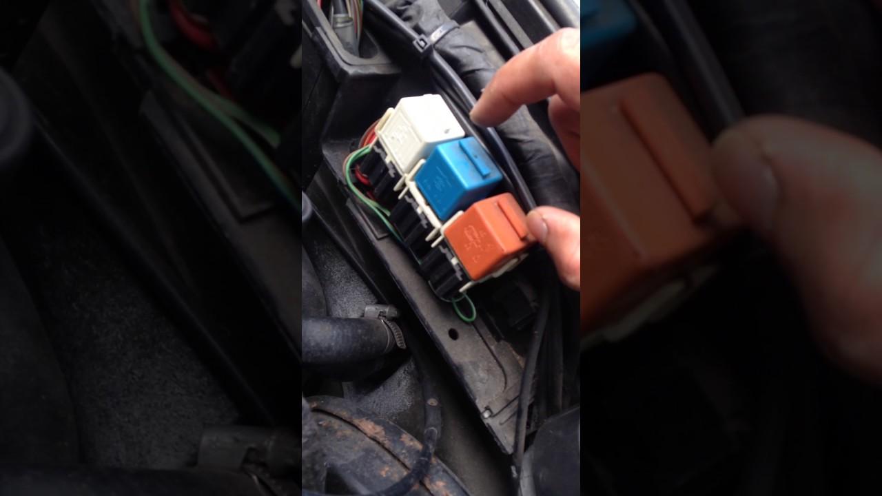 bmw e30 fuel pump relay location 1991 1992 1993 cabrio convertible 1993 [ 1280 x 720 Pixel ]