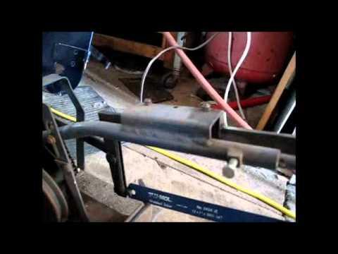 Power Hacksaw blade fail - YouTube