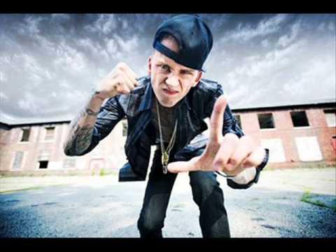 Nuevo vídeo subtitulado: MGK - Wild boy (feat. 2 Chainz