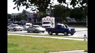 № 1167 США Авария на дороге оборваны провода Очевидец