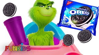 The Grinch Eats Christmas Oreo Cookies with The Incredibles Baby Jack Jack