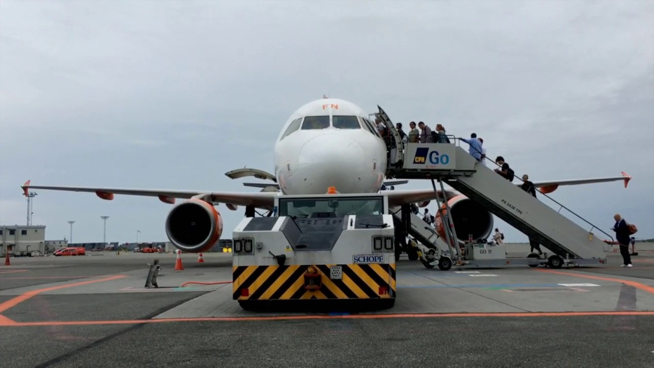 Aeroporto Jericoacoara : Aeroporto de jericoacoara ce cruz está pronto para