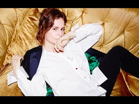 Christine and the Queens Sexy, Awkward Moments Compilation