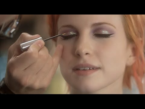 POPULAR TV PRESENTS: HAYLEY WILLIAMS IN KISS OFF - EPISODE 2
