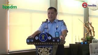 Dr. Dhahana Putra - Materi Politik Hukum dan Omnibus Law