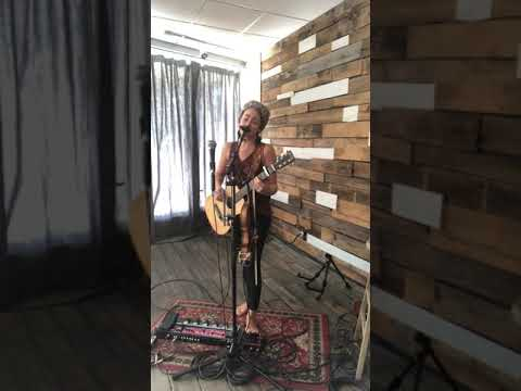 """All Time Low"" - Jon Bellion (live looping cover, Taylor Reed) Mp3"