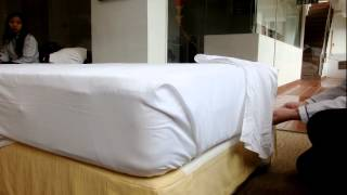 How to make up the bed as well as top 5 star luxury graded by professional way