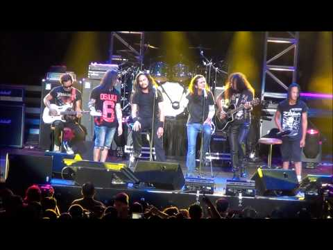 Titian Perjalanan (Acoustic, HD) - XPDC Live in Singapore Indoor Stadium 2012